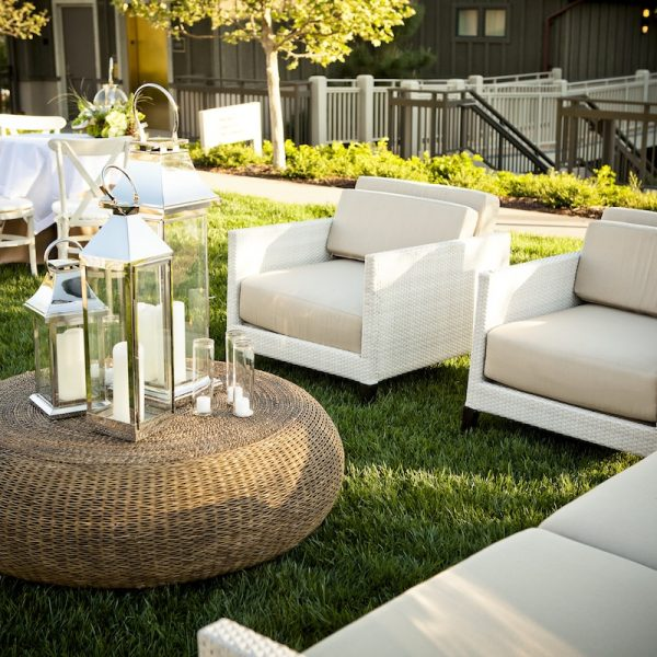 6 benefits of renting furniture for corporate events